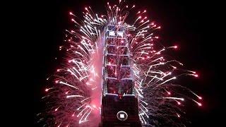 Taipei 2017 New Year Fireworks   2017跨年 台北101煙火秀光秀 at國父紀念館