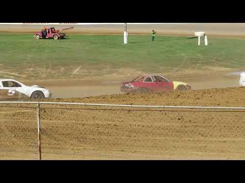 Brownstown Speedway Funfest hornet heat 3 10-13-18.        Part 1