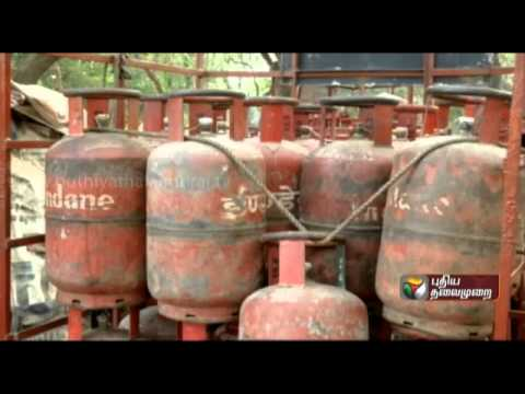 Report of fuel theft in cylinders delivered to residences in Delhi