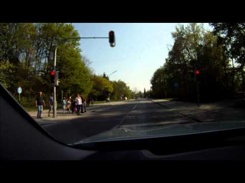 BMW Car-to-X Communication, Traffic Light Assistant