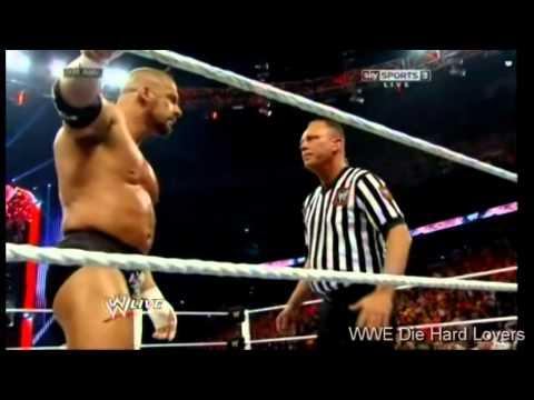 Triple H vs Daniel Bryan world heavyweight championship Raw 7/4/2014 Part 2