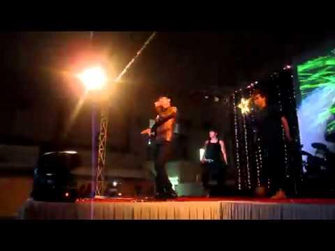 Không Cảm Xúc Live 2012