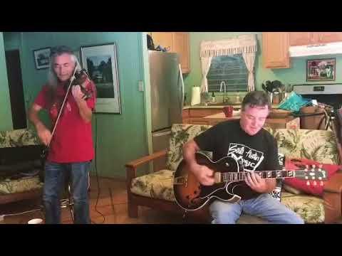Tom Conway & Gypsy Pacific - Maui Django jam!