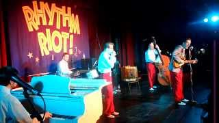 RHYTHM RIOT 2011 - Sonny and his Wild Cows - I Keep On Drinkin