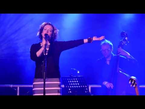 Kate Rusby - Blooming Heather (Wild Mountain Thyme)