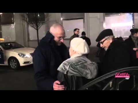 Михаил Ходорковский впервые встречается с родителями после освобождения