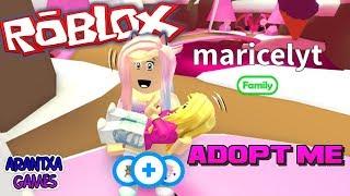 Adopto a mi madre!!! Jugando a Adopt Me en ROBLOX thumbnail