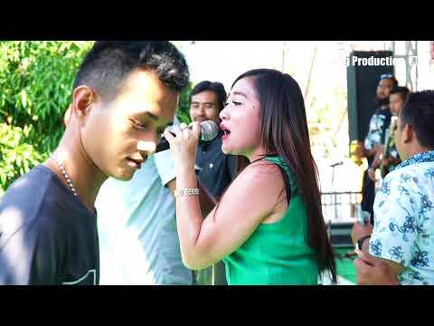 Rebutan Lanang - Yualiana ZN - Susy Arzetty Live Kertasura Kapetakan Cirebon