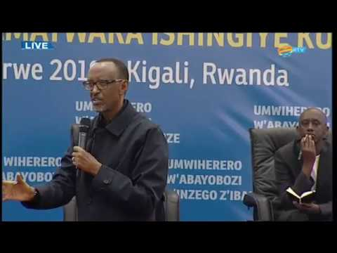 HE Paul Kagame atangiza umwiherero w'abayobozi b'inzego z'ibanze