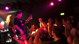 Dog Fashion Disco - Pogo The Clown (Live @ Barfly, London Sept. 6 2014)