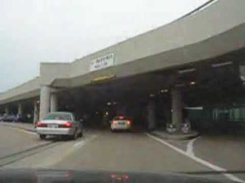 Driving into Nashville International Airport