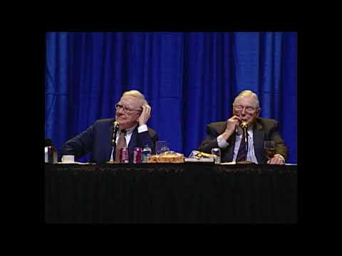 Warren Buffett answers a somewhat political question at the 2007 Berkshire Hathaway annual meeting