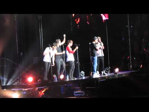 One Direction - Moments (Sydney 24/10/13)