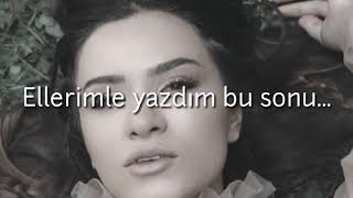 Feride Hilal Akın \u0026 İlyas Yalçıntaş - Şehrin Yolu  Şarkı ve sözleri