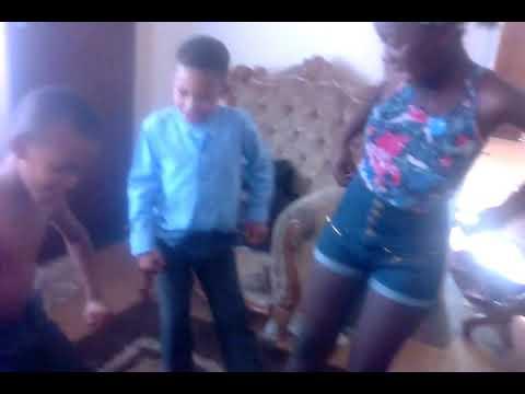 They dance 2 tholukuthi song...