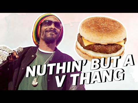Snoop Dogg Loves VEGAN SAUSAGE | Vegan News | LIVEKINDLY