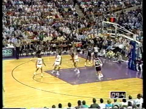 David Robinson Greatest Games: 34/14/7/8 vs Suns (1990)