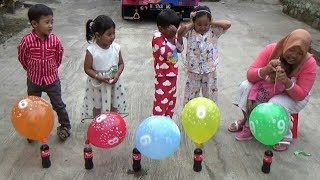Anak Balita Bermain Balon & Coca - Cola | Learn Colors with Balloons