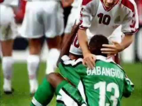 Top những khoảnh khắc hài hước nhất trong bóng đá