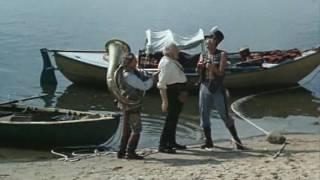 Дружно дернем, потянем дружно Трое в лодке не считая собаки