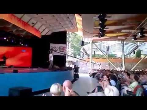 Сергей Вольный признался в любви поклоннице (Юрмала Шансон 2015)