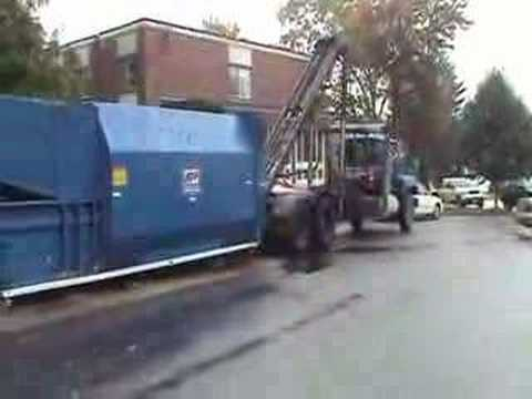 Roll Off With Self Contained Compactor 2 Youtube