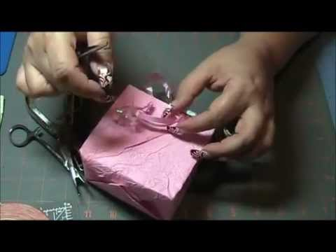 How to make your own Gift Bags!