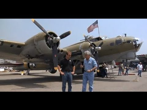 Boeing B-17 Flying Fortress - Jay Leno