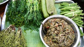 Lao Food at Kok Pho Market