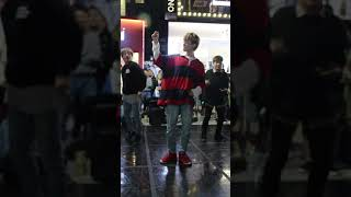 [20191005 W.I.T 홍대버스킹] 엑소(EXO) - Tempo(템포) Z직캠 fancam