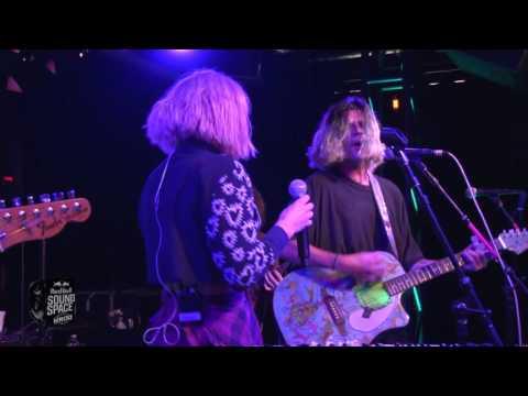 Grouplove - Ways To Go, Live on KROQ