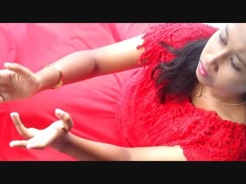 Papa - Kiki Idola cilik cover By Diah Widya