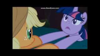My little pony: Applejack killing Twilight Sparkle?!