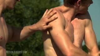 vuclip Chicos desnudos que te gustaran 👌