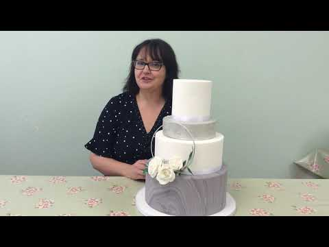What to expect at a wedding cake consultation