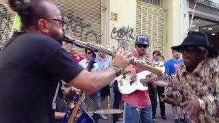 Brushy One String - Argentina street Jam (Jah for Me) Epic!