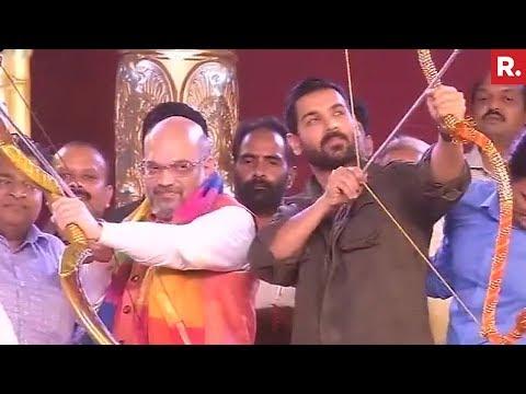 Amit Shah & John Abraham At Dussehra Celebrations