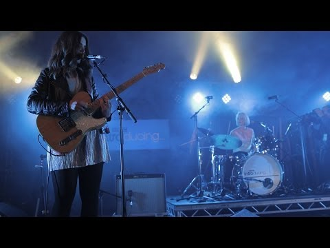 Honeyblood - Killer Bangs (Radio 1's Big Weekend 2014)