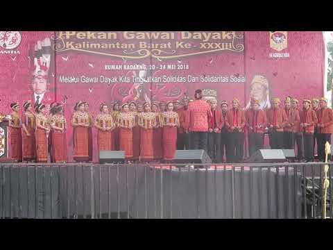 Mars Dayak oleh Vocal Group Gli Angeli Cantano Choir Pekan Gawai Dayak ke 33
