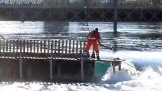Abflussregulierung am Nadelwehr in Luzern