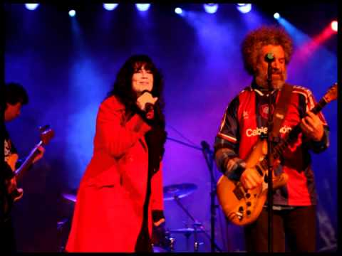 Cienfuegos y Mimi Maura - Straight to Hell (The clash)