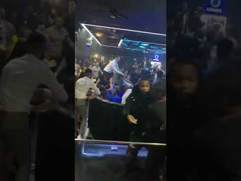 30 guys hunting for money Mitch in club with knives. Birmingham. 1xtra after party.  Headie one.