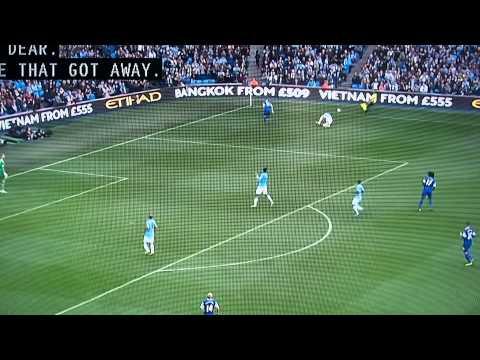 Hillarious Aguero miss: Manchester City vs. Everton 10/05/13