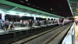 [HD] 서빙고역 승객 폭주 / 韓国の西氷庫駅の乗客輻輳 / swamped passengers