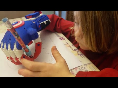 Talented Toddler Creates 3D Hands For Kids