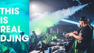 Meduza Fisher Martin Ikin Cloonee Close Up Live DJ Skills.mp3