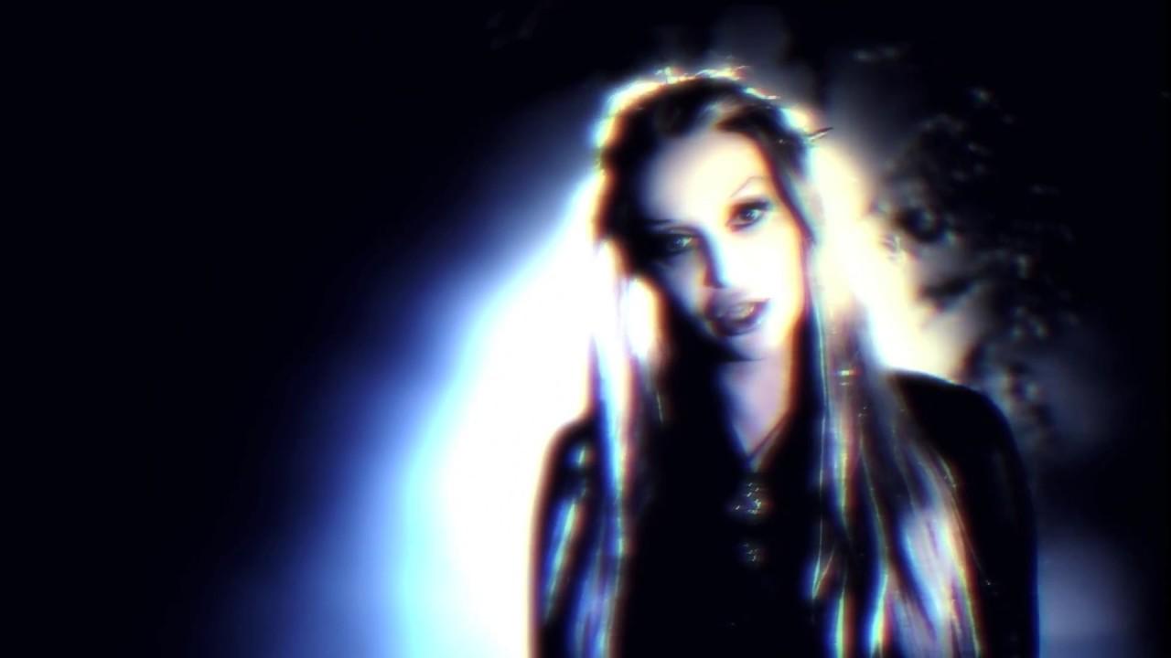 MandragorA  ScreaM  -  TITAN   (Extraterrestrial Suicide)