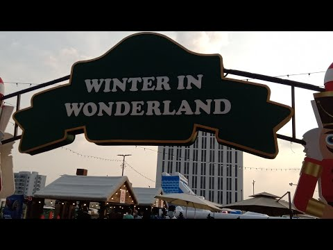 Winter Wonderland In Dubai / Me'aisem City Centre