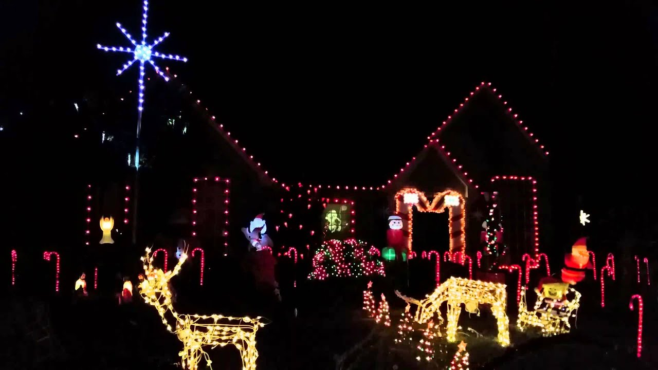2015 3207 cedar village dr christmas lights in kingwood texas