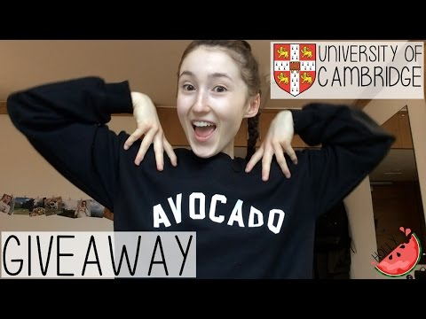 WEEKLY VLOG + 20K GIVEAWAY | MONDAY TO FRIDAY TYPICAL WORKING STUDENT LIFE | HOLLY GABRIELLE